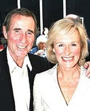 Jim Dale - Dale with his Barnum co-star Glenn Close performing Busker Alley, 2006