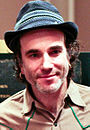 Daniel Day-Lewis 2007 (cropped).jpg