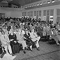 De zaal bij de bijeenkomst ter gelegenheid van de stichting van het Prins Bernha, Bestanddeelnr 252-4581.jpg