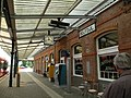 Delfzijl, station perron (1) RM-352059-WLM.jpg