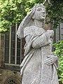 Denkmal der römisch-deutschen Kaiserin Theophanu - Eschwege Marktkirche - panoramio (1).jpg