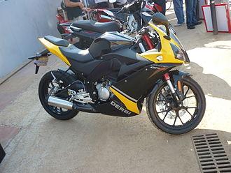 Derbi - Sport moped Derbi GPR 50