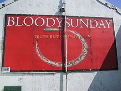 Peinture comm�morative du   � Bloody Sunday   �