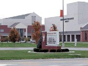 Edwardsville High School - Image: Det är en bild av skolan 2014 02 12 00 02