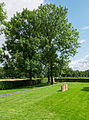 Deutsche Kriegsgräberstätte Fricourt 12.jpg