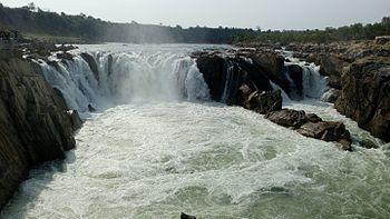 Dhuandar Falls.jpg