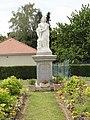 Dizy-le-Gros (Aisne) statue Mater Dei.JPG
