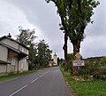 Dompierre-sur-Mont - Entrée du village.jpg