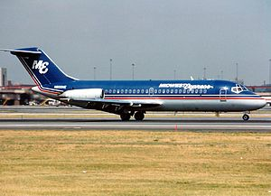 Midwest Express Airlines Flight 105 - Image: Douglas DC 9 14, Midwest Express Airlines AN0215739