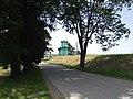 Droga do promu w Korzeniewie - panoramio.jpg