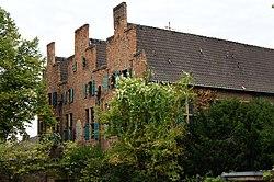 Duisburg-Duissern-Dreigiebelhaus.jpg