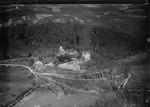 ETH-BIB-Oberbipp, Wiedlisbach, Schloss aus 200 m-Inlandflüge-LBS MH01-006372.tif