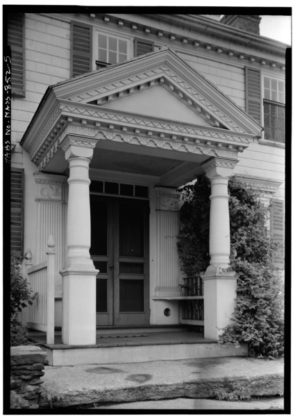 File:EXTERIOR, DETAIL OF ENTRANCE, PORCH, PILASTERS, MOTIF, VIEW FROM SOUTHWEST - Captain John Potter House, Exposition Grounds (moved from North Brookfield, MA), West Springfield, HABS MASS,7-SPRIFW,3-5.tif