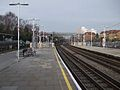 East Finchley stn centre platforms look north4.JPG