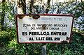 El Pont de Claverol. Señal frente al río Noguera Pallaresa.jpg