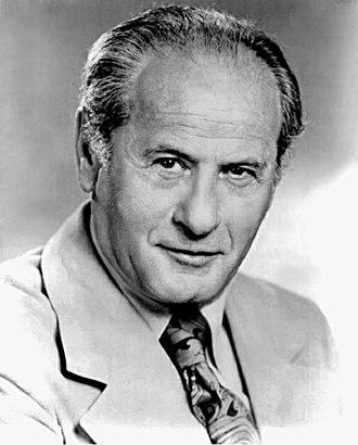 Eli Wallach - Wallach in 1966