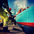 Elly Maersk being tied up (6955068380).jpg