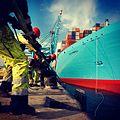 Elly Maersk being tied up (6955068380).jpg
