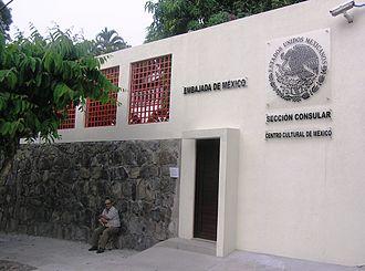 El Salvador–Mexico relations - Image: Embamexesa