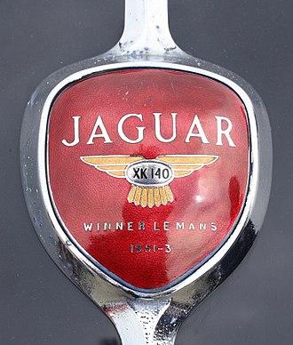 Jaguar XK140 - Boot emblem
