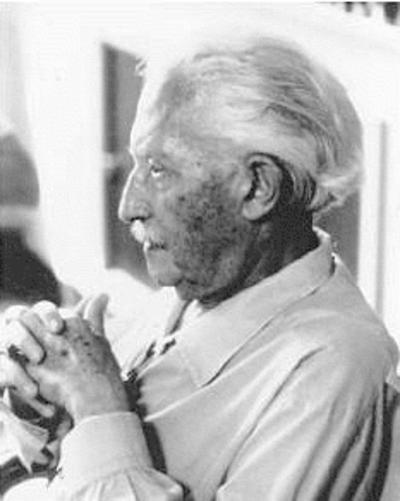 Erik H. Erikson, American German-born psychoanalyst & essayist