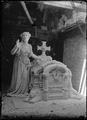 Escultura para o túmulo de Almeida Garrett.png