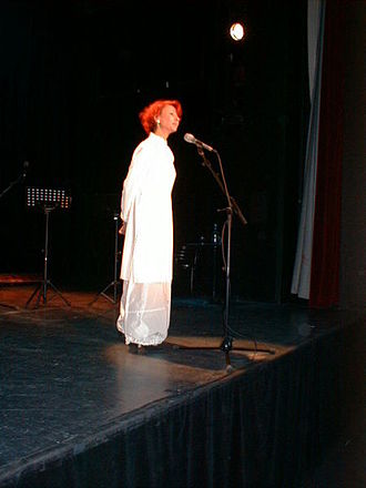 Esther Ofarim - Esther Ofarim, Hamburg concert (2001)