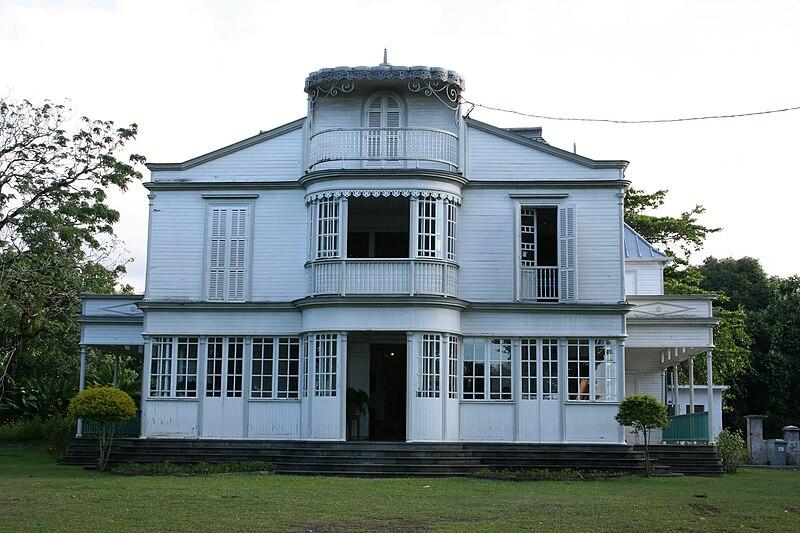 Quoi visiter pendant les vacances l 39 le de la r union saint andr indian ocean for Maison de la reunion