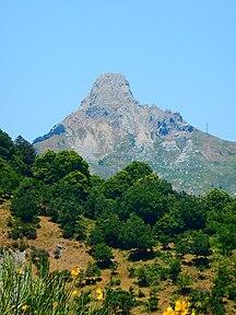 Sicilien-Geografi og klima-Fil:Faccia rocca salvtesta,sicily