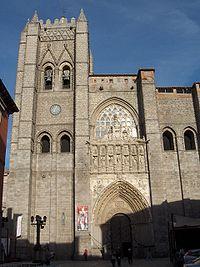 Fachada principal de la Catedral de Ávila.jpg