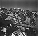 Fairweather Glacier, mountain glacier and hanging glaciers, August 26, 1979 (GLACIERS 5452).jpg