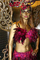 Fairy Bodypainting Gold (8578851975).jpg