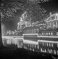 Feestverlichting in Amsterdam Lido aan het Leidseplein, Bestanddeelnr 255-7295.jpg