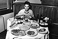 Felice Gimondi eating 1968.jpg