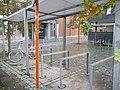 Fietsenstalling Stedelijke Academie voor Beeldende Kunsten De Meiboom Halle.jpg