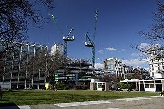 Finsbury Square urban square in Finsbury in central London