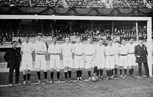 Caesar ten Cate - Dutch national team at the Olympics 1912, with trainer Edgar Chadwick (left) and Cees ten Cate (2nd from left)