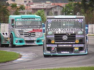 Fórmula Truck - Image: Formula Truck 2006 Curitiba Volkswagen leads