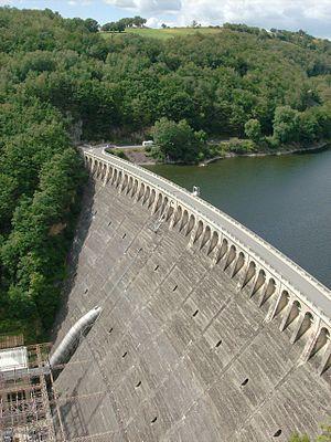 Truyère - Image: France, Aveyron, Barrage de Sarrans