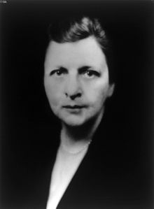 Frances Perkins vers 1932.