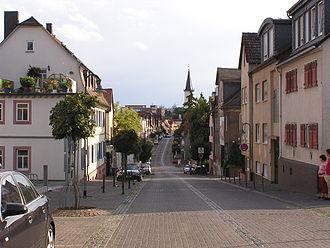 Friedrichsdorf - Image: Friedrichsdorf TS Hugenottenstrasse
