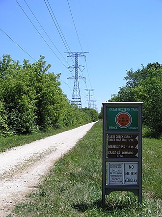 Great Western Trail (Illinois) - Eastern section of the Great Western Trail at Prince Crossing in West Chicago, at the western terminus.