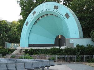Gage Avenue (Hamilton, Ontario) - Gage Park, George R. Robinson Bandshell