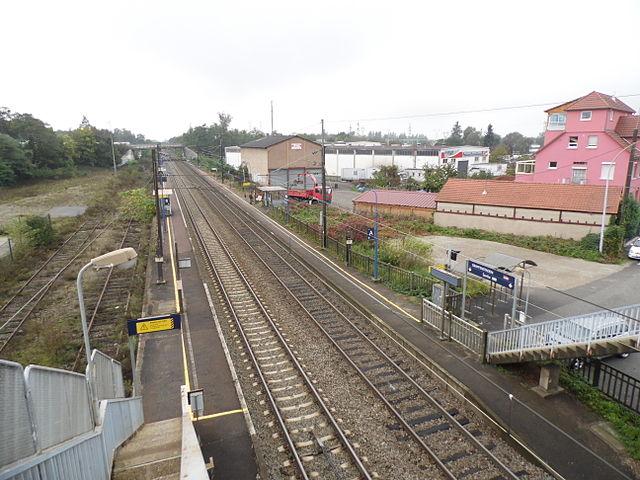 https://upload.wikimedia.org/wikipedia/commons/thumb/a/a8/Gare_de_Graffenstaden.JPG/640px-Gare_de_Graffenstaden.JPG