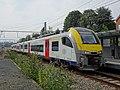 Gare de Watermael - Train S8 à quai - 3 septembre 2018.jpg