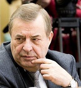 Член союза писателей селезнёв сергей