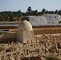 Ghadames - Wasid-Friedhof mit Marabut, Heiligengrab.jpg