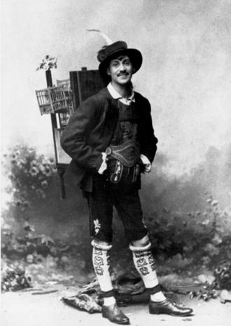 Alexander Girardi - Alexander Girardi as Adam in Carl Zeller's Der Vogelhändler