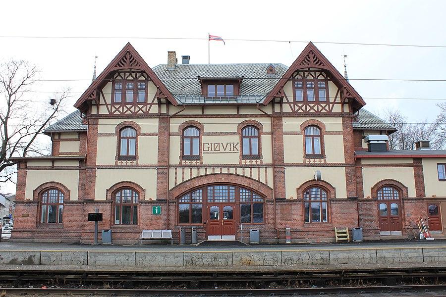 Gjøvik Station