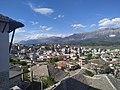 Gjirokastra nga ballkoni i shtepise Kadare.jpg